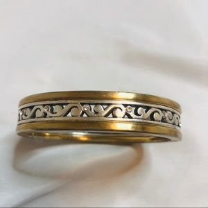 Jewelry - Gold/Silver Toned Clamper magnet Bracelet